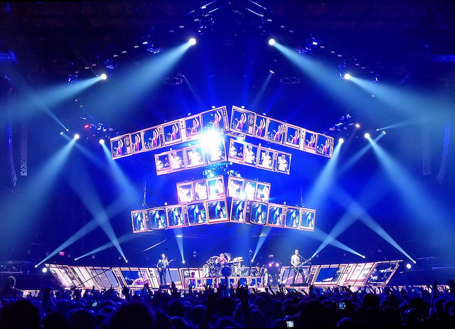 Muse live2012.jpg