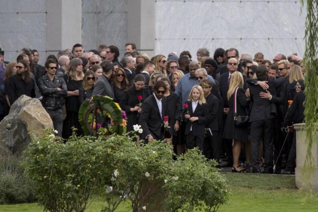 chris-cornell-funeral.jpg