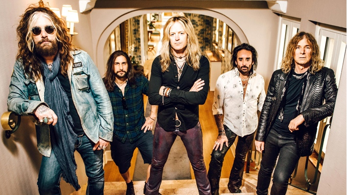 the_dead_daisies-2016-groupshot-web.jpg