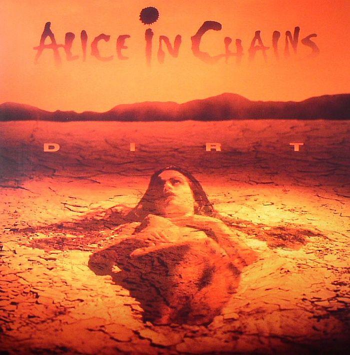 Alice in Chains - Dirt<br /><br />Ha ez a lemez nincs, talán a grunge sem lesz olyan népszerű, mint amilyen lett. Nem elég, hogy a stílus számára is igen fontos anyagról van szó, még a dalok is olyan erővel hatnak, amitől azóta is visszhangzik az éter. Them Bones, Dam That River, Rooster, Would?, Angry Chair... Nem részleteznénk.