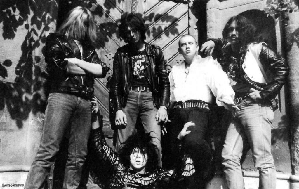 2018.04.21 Tormentor<br /><br />Akinek nem mond semmit a black metal legenda Tormentor neve, az valószínűleg eddig egy szikla alatt élt. Az újra összeállt csapat az alapmű, idén 30 éves Anno Domini dalait fogja feleleveníteni a hajón, legalább akkora kötelező, mint a 2017-es De Mysteriis-es Mayhem bál volt.