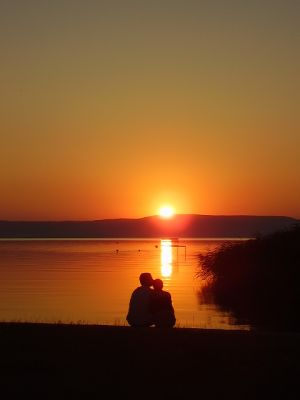 Romantikus naplemente
