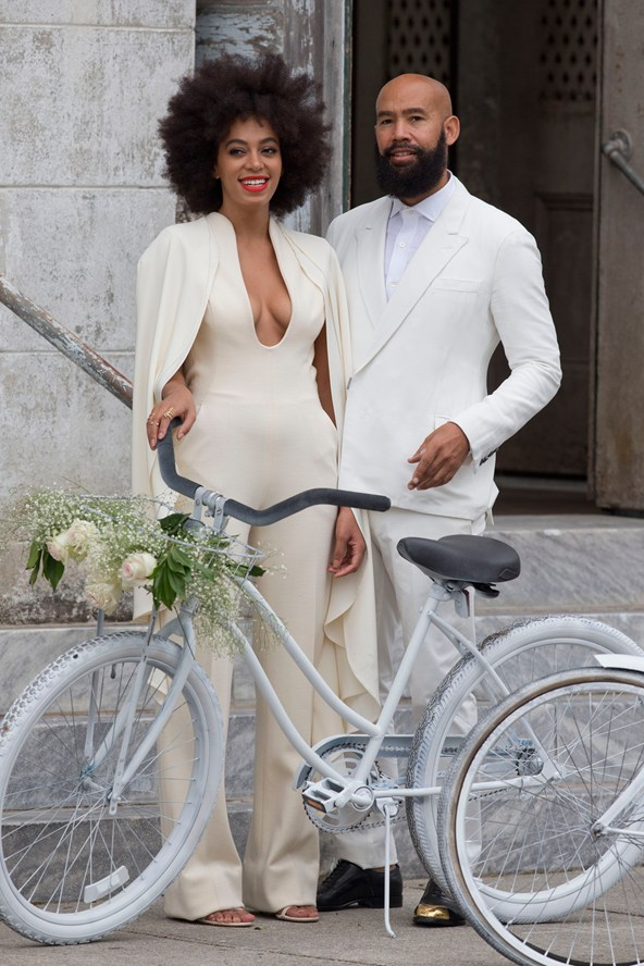 solange-knowles-wedding-vogue-2-17nov14-inf-splash_b_592x888.jpg