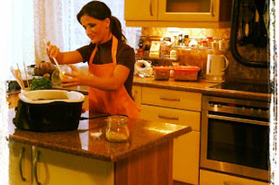 Reklámfelvételek a Delimano cégnek - két edényre: Gourmet Cooker, Festivo Pan -