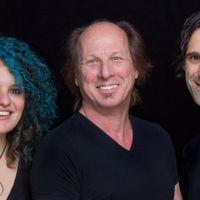 ADRIAN BELEW POWER TRIO - Ismét Budapesten a King Crimson gitárosa