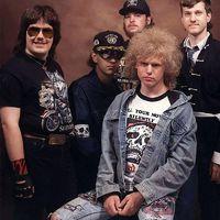 TOP 20 - A világ legvállalhatatlanabb rockzenekari fotói