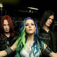 ARCH ENEMY - Klippremier: The World Is Yours