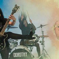 DOROTHY - Új videó a rocker csajoktól, Az igazi szenvedély