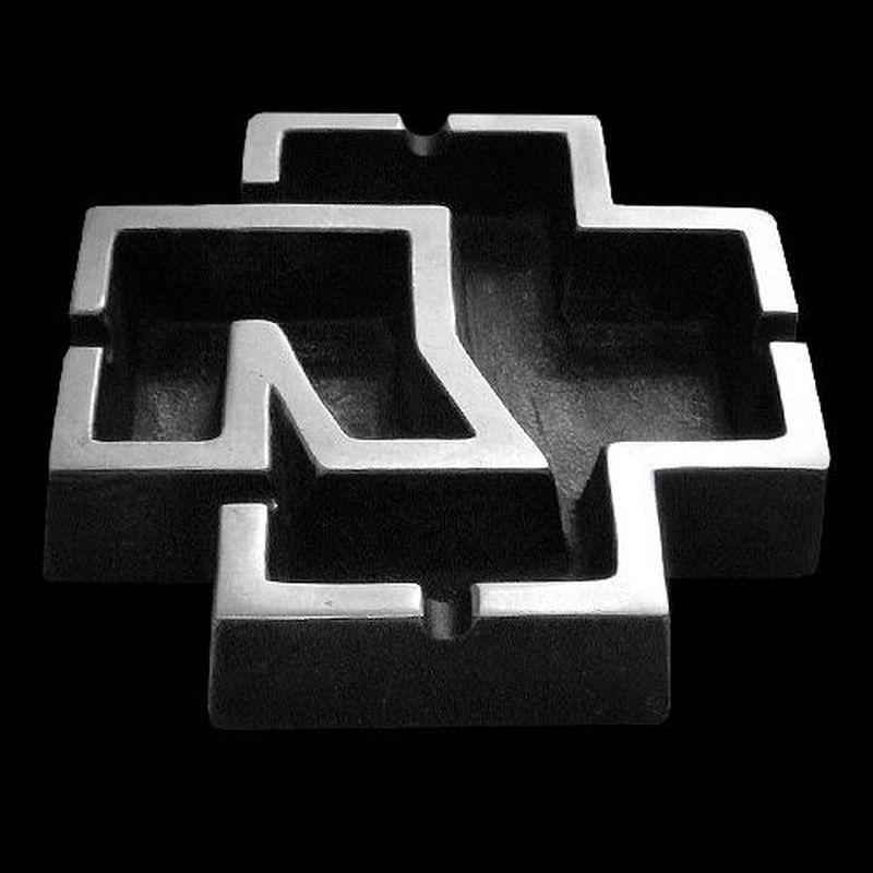 rammstein_logo_3d_by_erikstein-d8d6kil.jpg