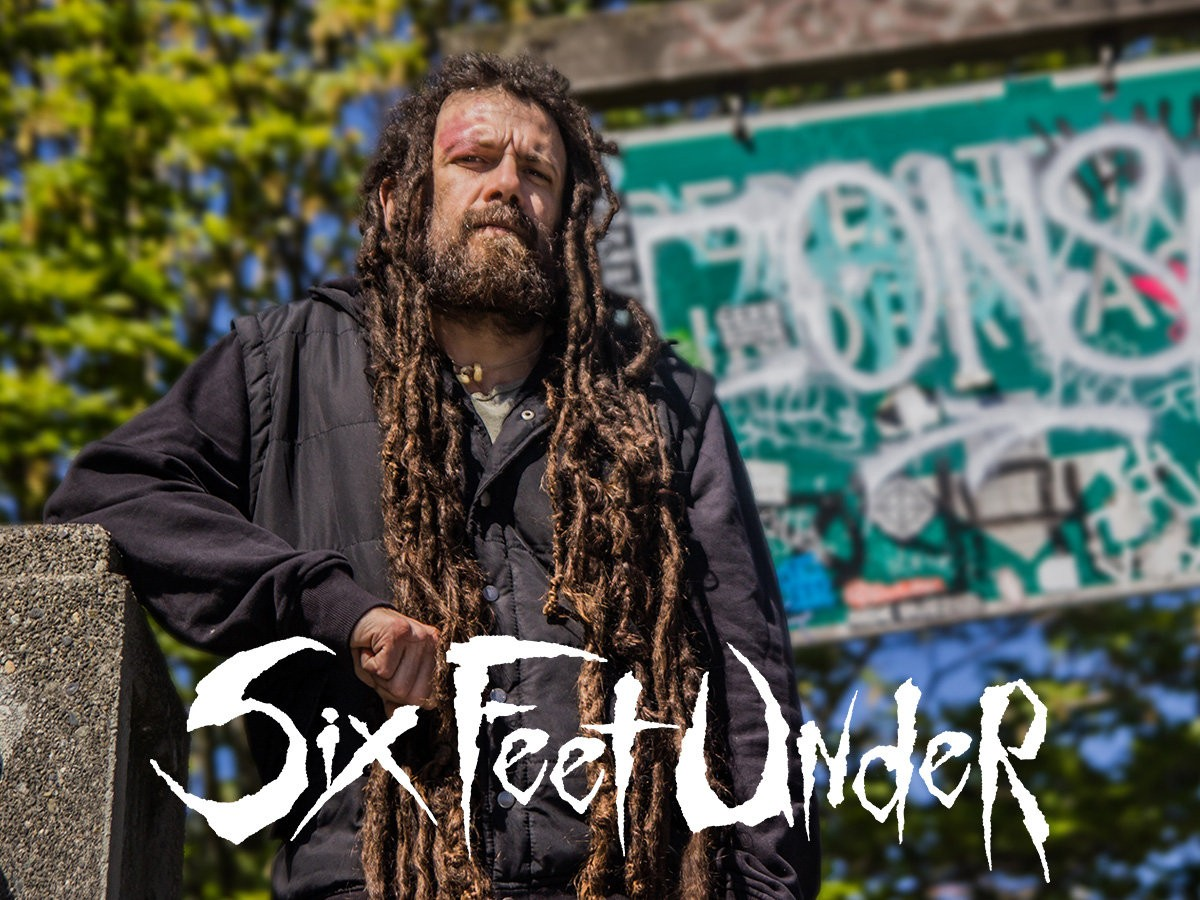 six_feet_under_chris_barnes_1.jpg