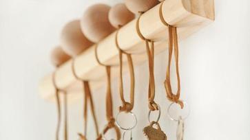Stílusos és egyszerű DIY előszobai kulcstárolási ötletek