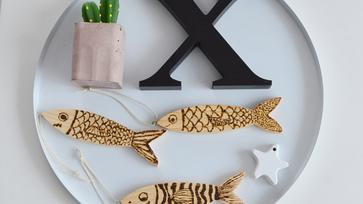 Nyári hangulatú, halacskás dekoráció pirográffal