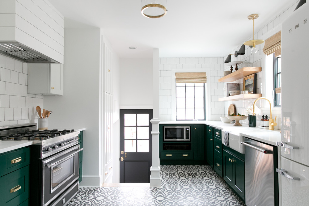 a-1930s-fixer-upper-gets-a-much-needed-makeover-studio-mcgee-bathroom-58f7c3ca95f10c2057dc1762-w1000_h1000.jpg