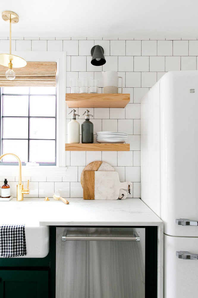 a-1930s-fixer-upper-gets-a-much-needed-makeover-studio-mcgee-open-shelves-kitchen-58f7c3c4014a5e20454ddf66-w1000_h1000.jpg