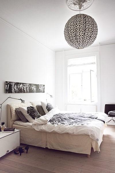 the-bedroom-in-various-sh-004.jpg
