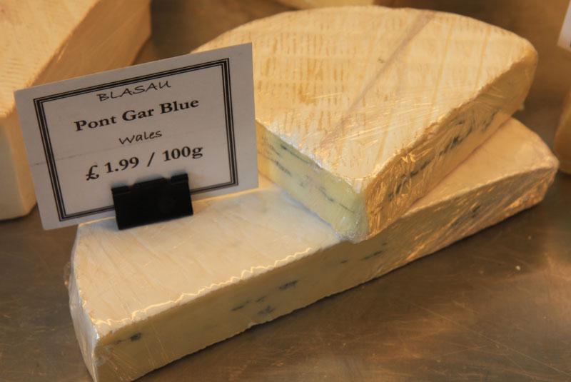 pont_gar_cheese_cheese.jpg