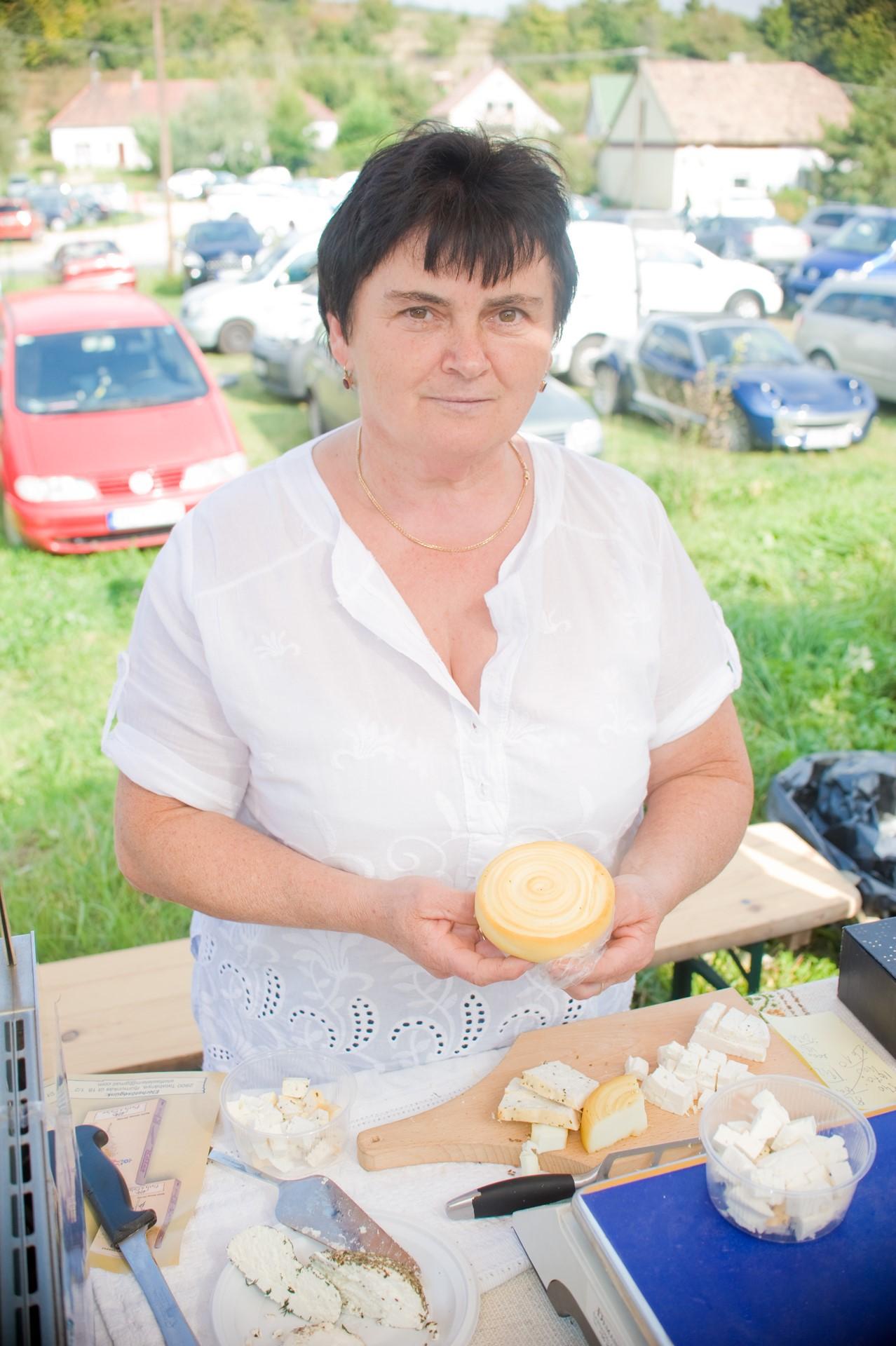 Farsang Sándorné Kistermelő