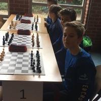 Nitrauw Peterrel az éltáblán országos döntőbe jutott  az Amersfoort-i De Regenboog diák sakkcsapata - Hollandia