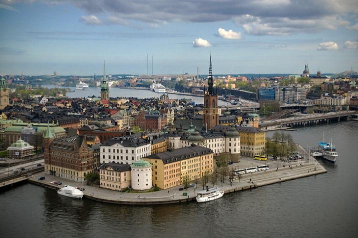 stockholm_city_hall_tower.jpg