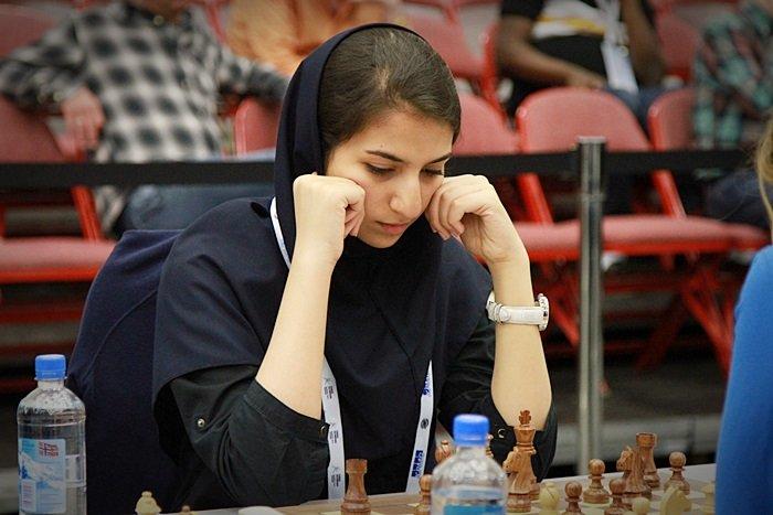 sara-khadem-iran-woman-chess-grandmaster-2.jpg
