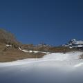 Kamionnal hordták a havat az Alpokba