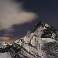 Egyedül szélviharban a Matterhorn tövében
