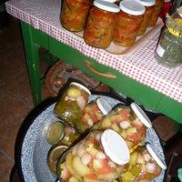 Cukkíni lecsó és savanyú görögdinnye, azaz itt a befőzés