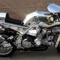 Veterán motor, V12: gyorsabb a félelemnél!