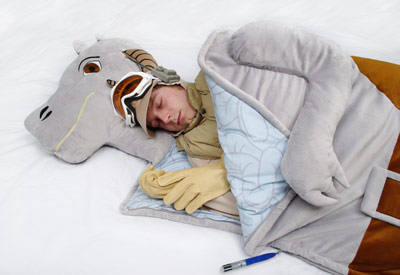 bb2e_tauntaun_sleeping_bag.jpg