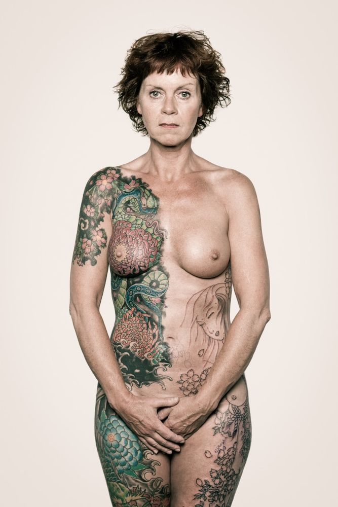 Trudy: Saját bevallása szerint tetoválásai annyira a részévé váltak már, hogy ő észre sem veszi őket.