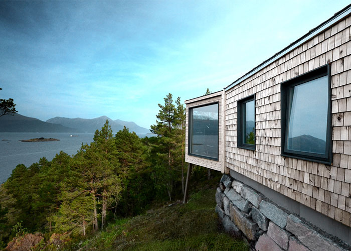 norwegian-holiday-home-by-rever-drage-05.jpg