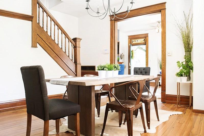 005-dining-room.jpg