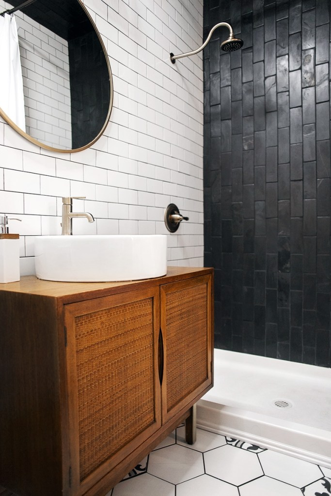 013-master-bathroom.jpg