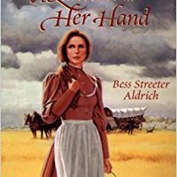 _REPACK_ A Lantern In Her Hand (Puffin Classics). timer company writers Electric freuen Houston Quick