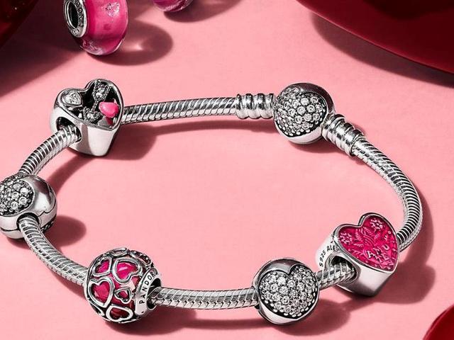 Valentin-napra a legértékesebb a legszebbet érdemli!