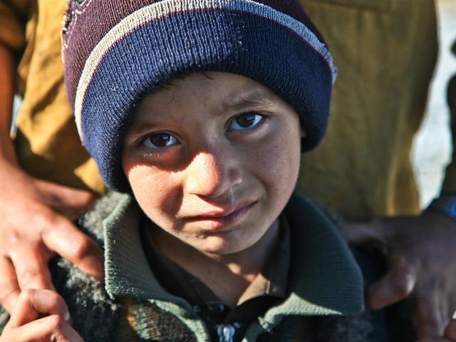 Tönkrement gyermek életek - amikor tesznek a gyermekek jogaira