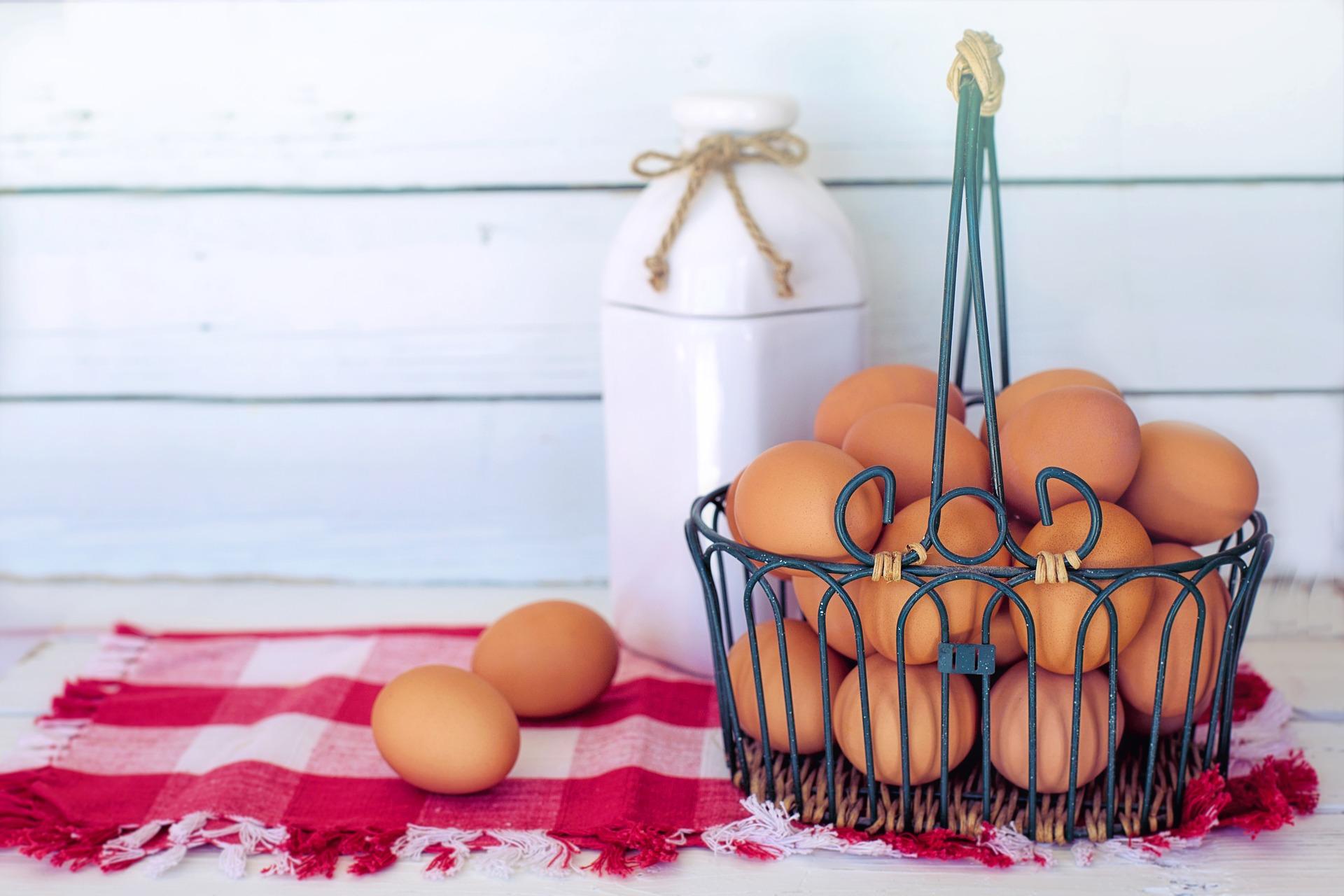 brown-eggs-3217675_1920.jpg