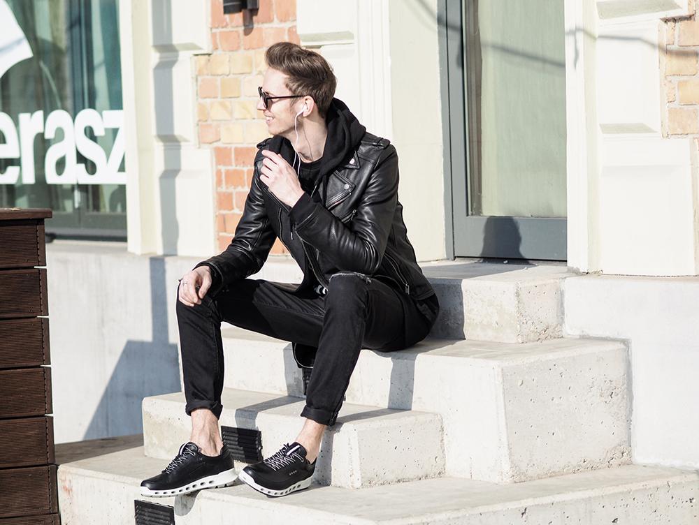 ecco-shoes-street-style-formen-men-sneakers-vizallo-fekete-sportcipo_1.jpg