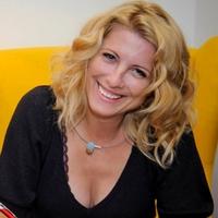 Könyvkritika: R. Kelényi Angelika: Az ártatlan 1-2. (2017)