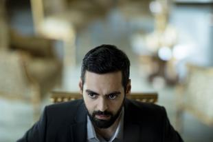 Egy sármos férfi / Charmøren (2018)