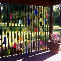 Térelválasztó üvegekből