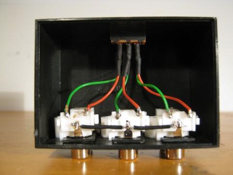 rca-switch.JPG