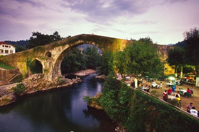 11canga_de_onis_asturias.jpg