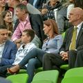 Vona Gábor és az izraeli nagykövet egymás mellett nézte a tegnapi meccset