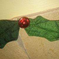 Készítsünk magyal-díszt vagy magyal-girlandot textilből, akár otthonra, akár ajándékba!