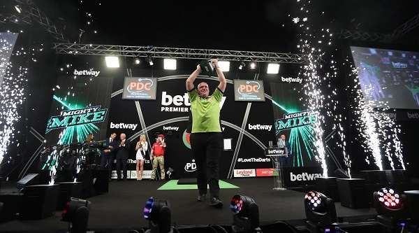 pdc_tv_michael-van-gerwen-betway-premier-league-winner.jpg