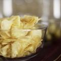 Így készíthetsz filléres burgonyachipset otthon, a mikróban