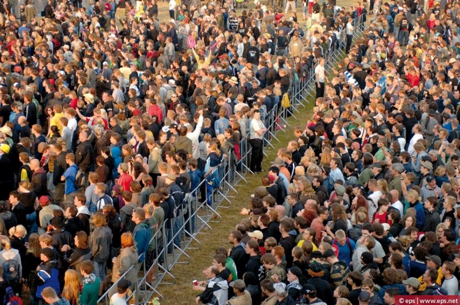 mark20-setmaxratiosize1000620-eps-event-crowd-control-barriers-2.jpg