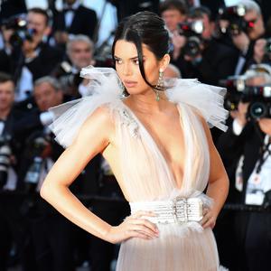 Esküvői ruha inspó egyenesen Cannes-ból