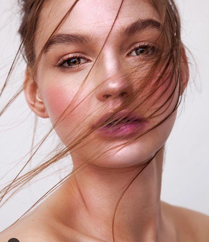 647dbea55d995aa29f737545ec87f84b--face-makeup-beauty-makeup.jpg